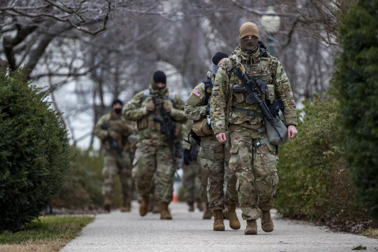 Vision Times U.S. Defense Secretary Lloyd Austin has approved a request by U.S. Capitol Police to maintain around 2,300 National Guard troops until May 23.