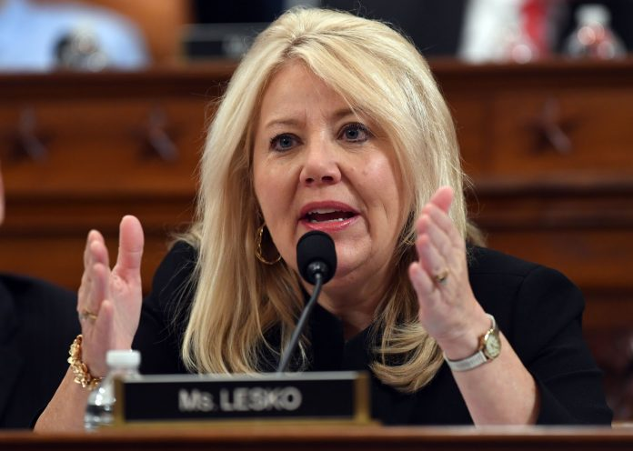 Republican Congresswoman Debbie Lesko from Arizona recently reintroduced a bill that seeks to block people who have ties with the Chinese Communist Party or the Chinese military from procuring visas to the United States.