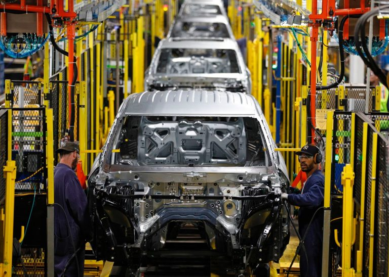 Ford_Assembly-Plant_in-Chicago