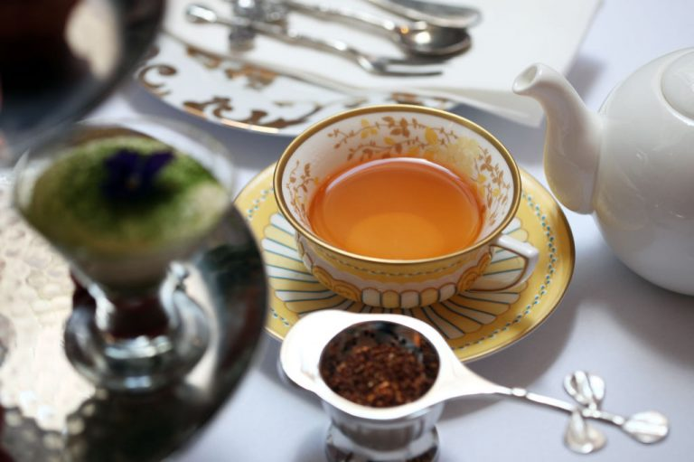 Il tè Rooibos è uno dei tanti usi dell'erba unica che ha recentemente ricevuto la designazione regionale dell'UE. (Immagine: Paul Yeung/South China Morning Post tramite Getty Images)