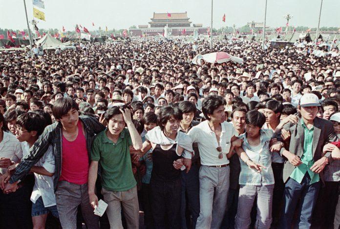 Manifestanti in Piazza Tiananmen, Pechino, maggio 1989. (Immagine: David Turnley/Getty Images)