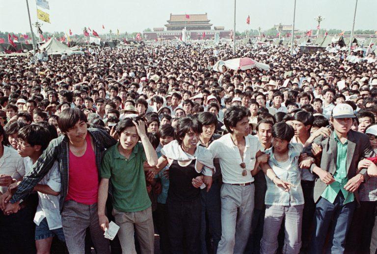 Tiananmen-square-protests_Beijing-1989