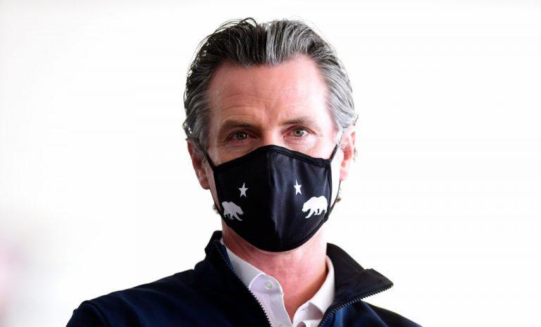 Il governatore della California Gavin Newsom è stato criticato per come ha gestito la pandemia. (Immagine: FREDERIC J. BROWN/AFP tramite Getty Images)