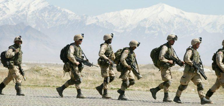 Afghanistan_US-troops-2002-bagram-airbase