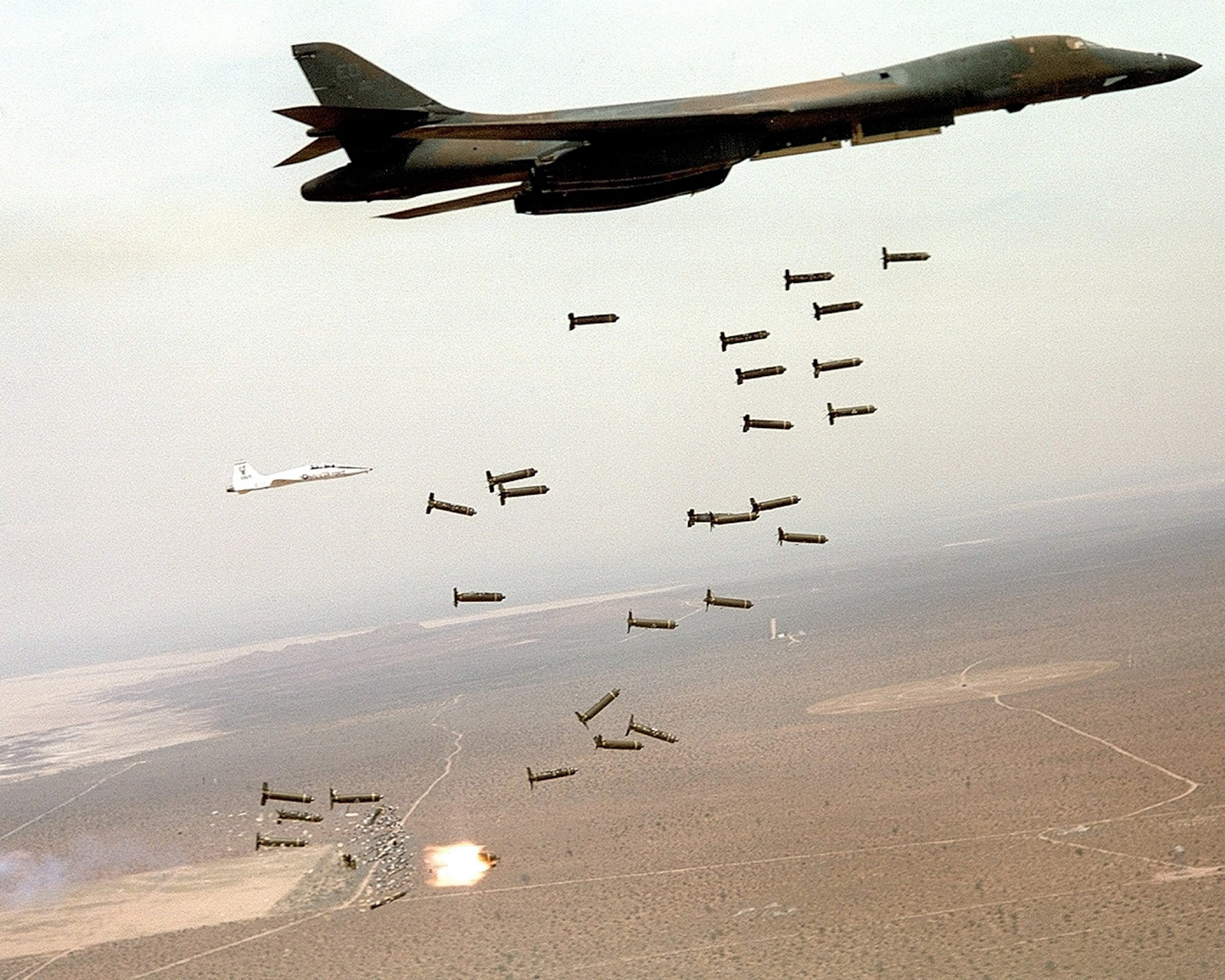 Afghanistan_B-1B-bomber