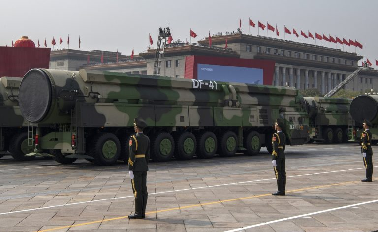 China-df-41-nuclear-missile-launchers