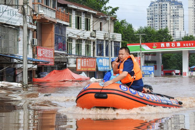 rescue efforts during floods in China, 2021