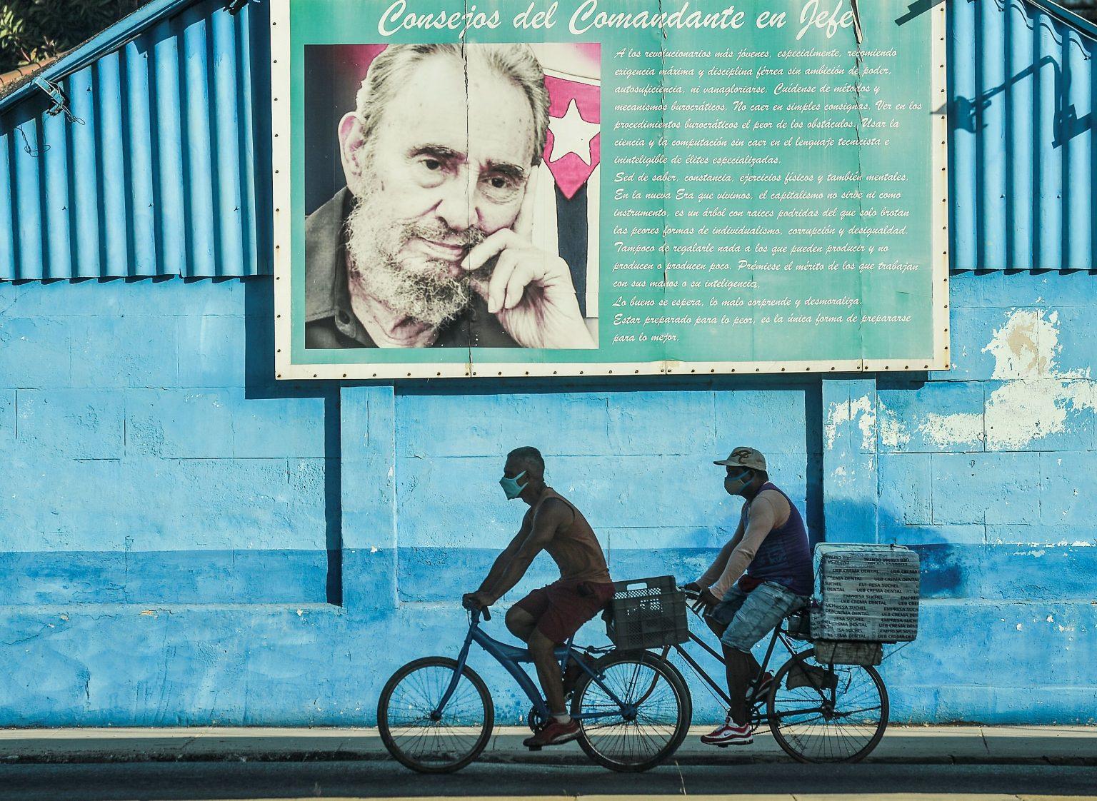 poster Fidel Castro uomini in bicicletta