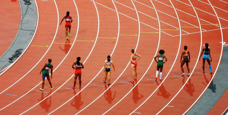 The International Olympic Committee (IOC) will issue new rules on the participation of transgender athletes in the Olympics.