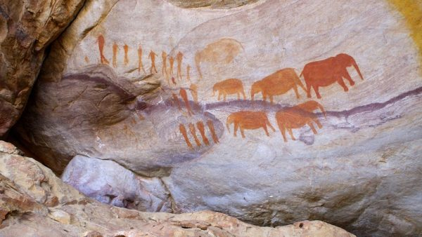 Due to the weathered overhangs and caves, the Cederberg preserves the rock art period of South Africa's history (from thousands of years back until about 100 years ago) very well.