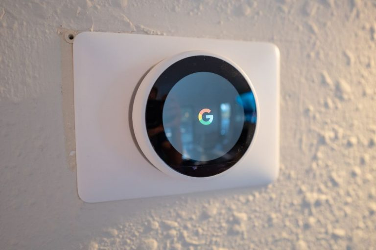 """Nest thermostat displaying the Google logo in Lafayette, California, January 17, 2021. Federal prosecutors are using Google's search engine history logging as a treasure trove of data in """"keyword warrants."""""""